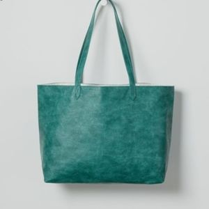 Thirty One Modern Tote Jade Distressed Pebble